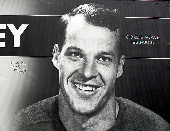 Mourners And NHL Fans Attend Gordie Howe Visitation In Detroit